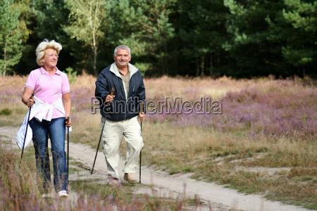 nordik, walking - 800411