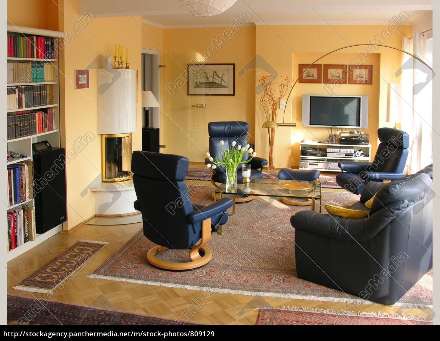 living, room, with, fireplace - 809129