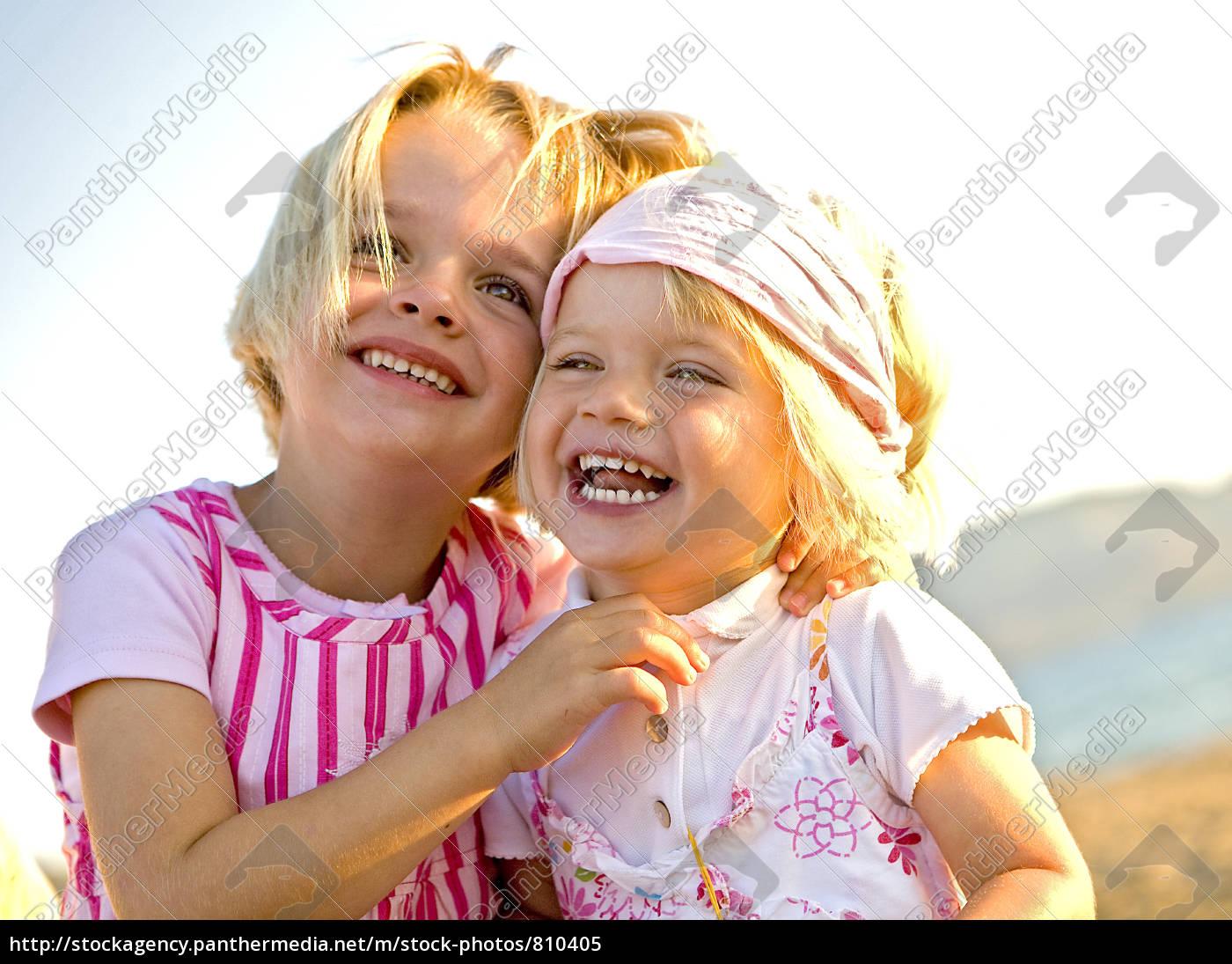 siblings, joy - 810405