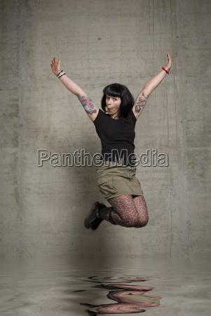 jumping, woman - 815355