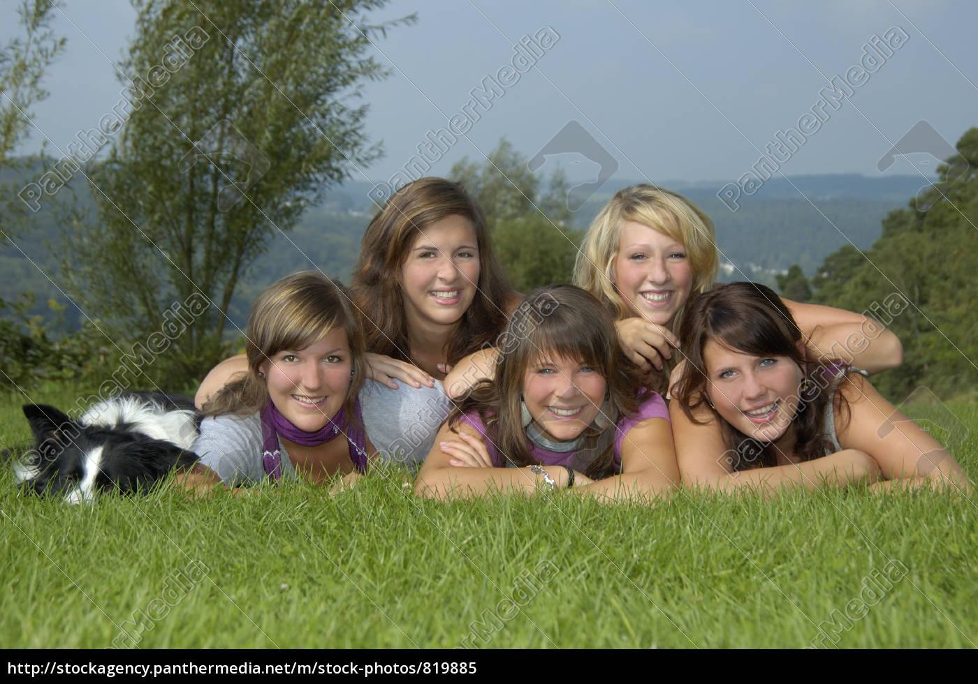 girlfriends - 819885