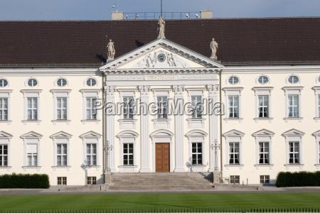 bellevue, palace, main, entrance - 836027