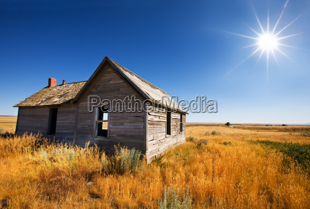old wooden home abandoned