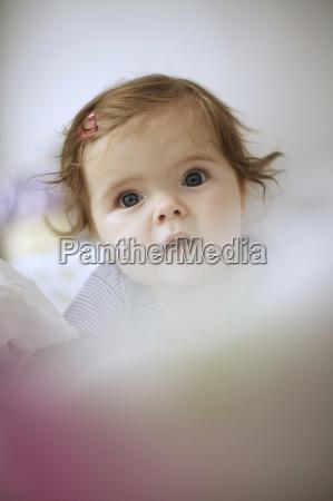 toddler 7 months girl head