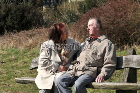 couple, on, bench - 1178755