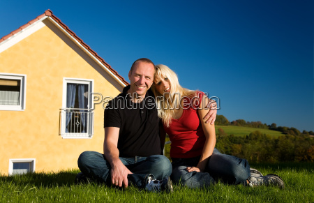 couple and home ownership