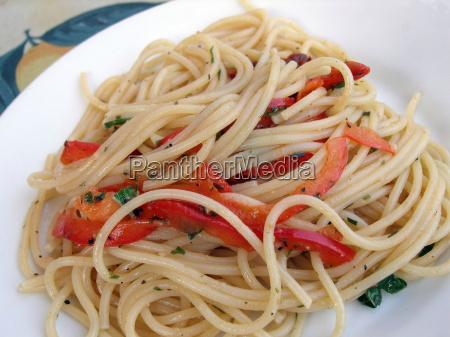 food aliment dough noodles vegetable dish