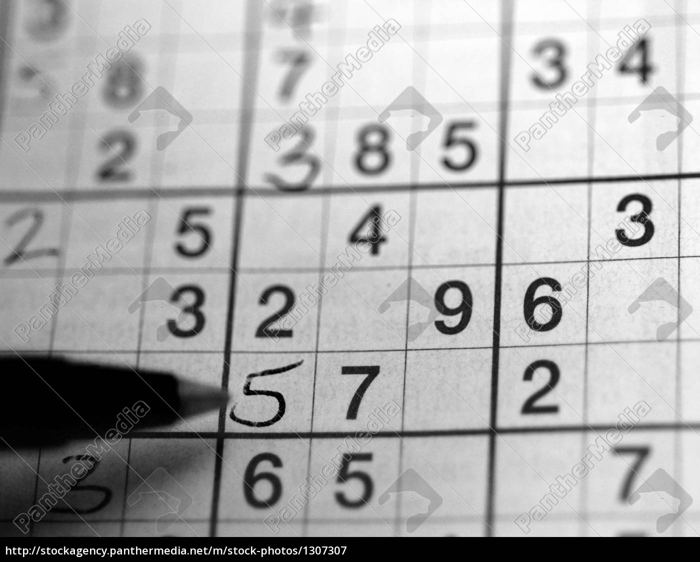 sudoku, in, black, and, white - 1307307
