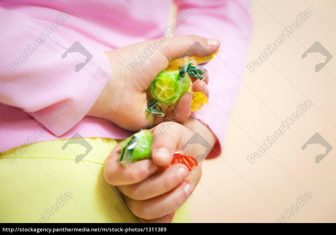 children44 - 1311389
