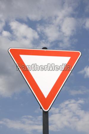senyal trafico senyal de trafico derecho
