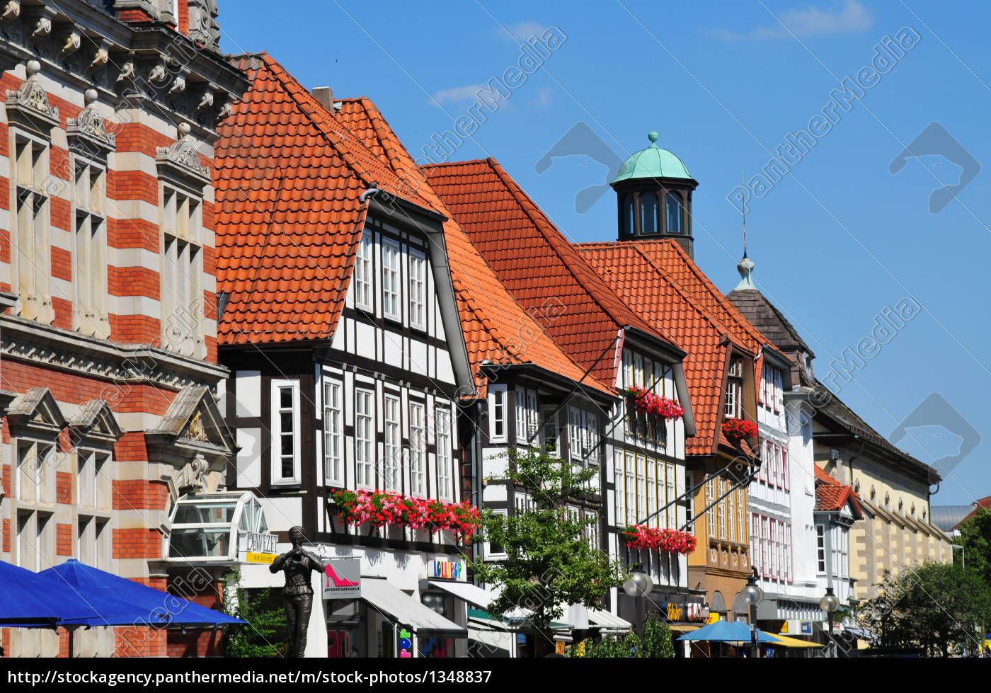 building, in, hameln, in, the, old - 1348837