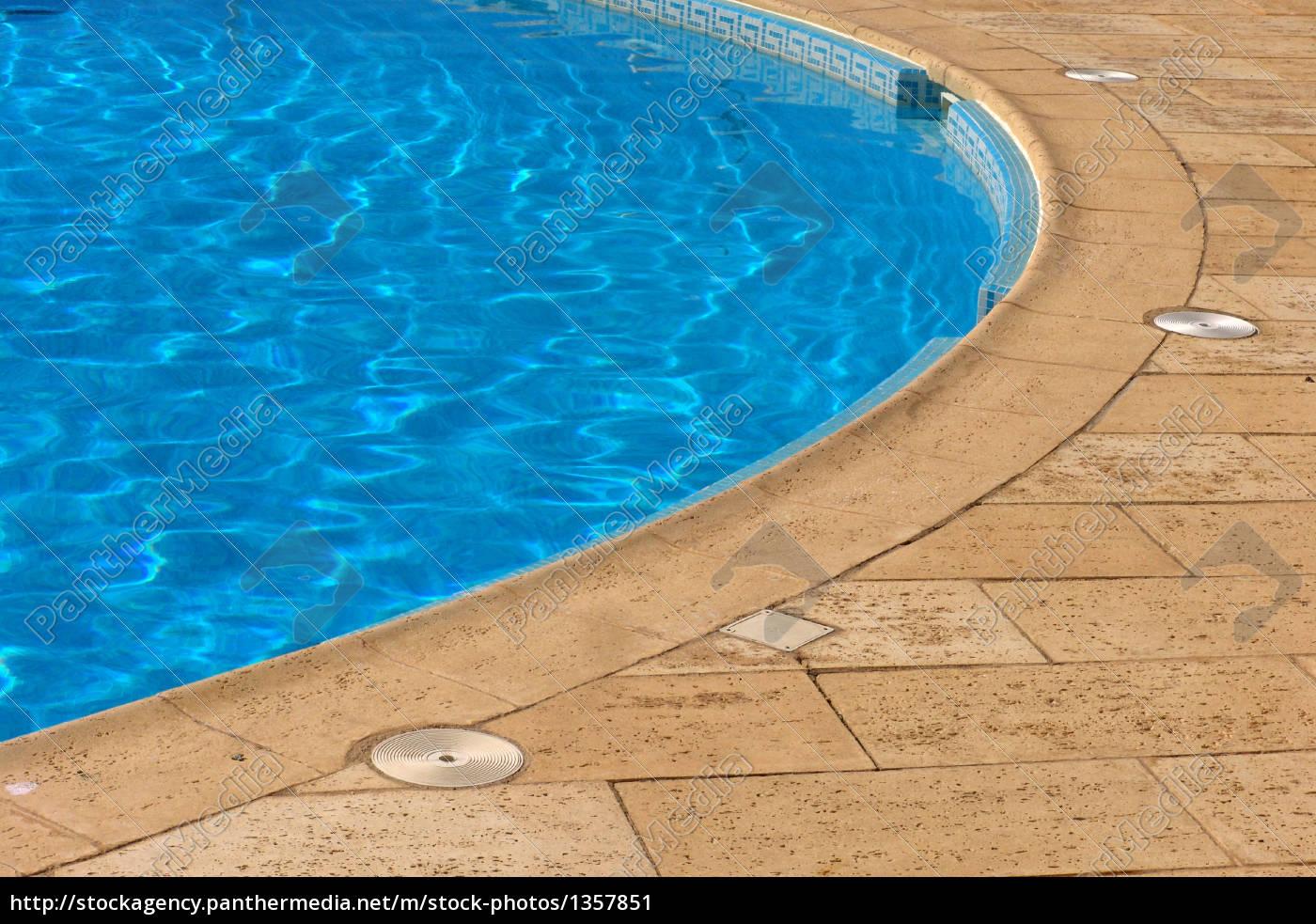 pool - 1357851
