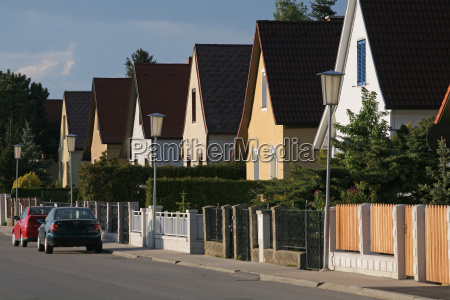 suburban, homes - 1359041