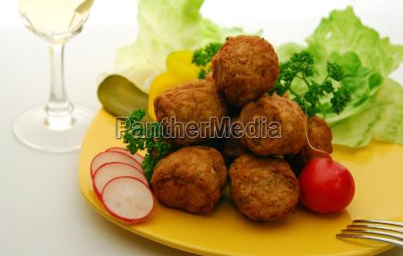 meatballs, on, yellow, plate - 1363733