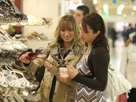 young, women, buy, shoes - 1366733