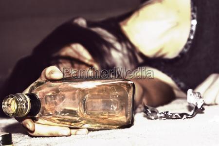 drunk, woman, lies - 1372669