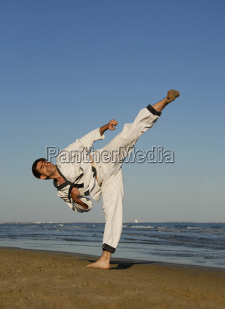 karate, on, the, beach - 1374275