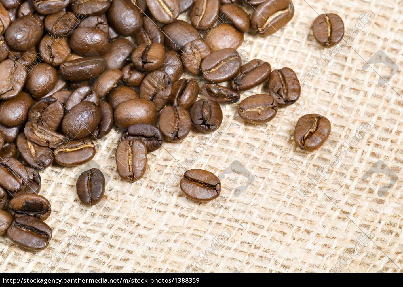 coffee, beans, on, jute, fabric - 1388359