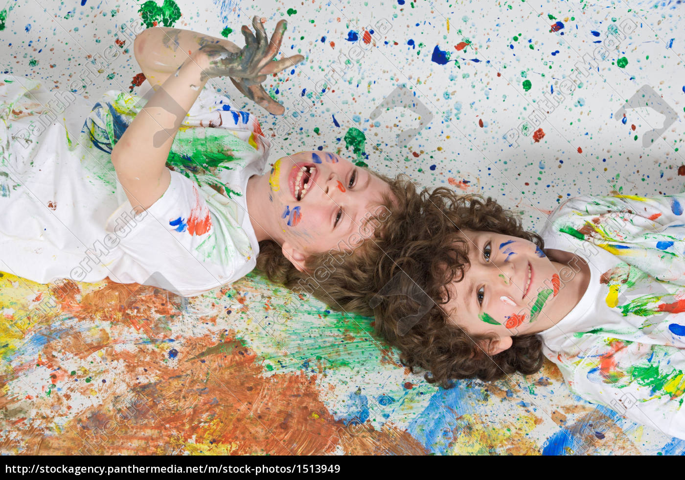 children, playing, with, painting - 1513949