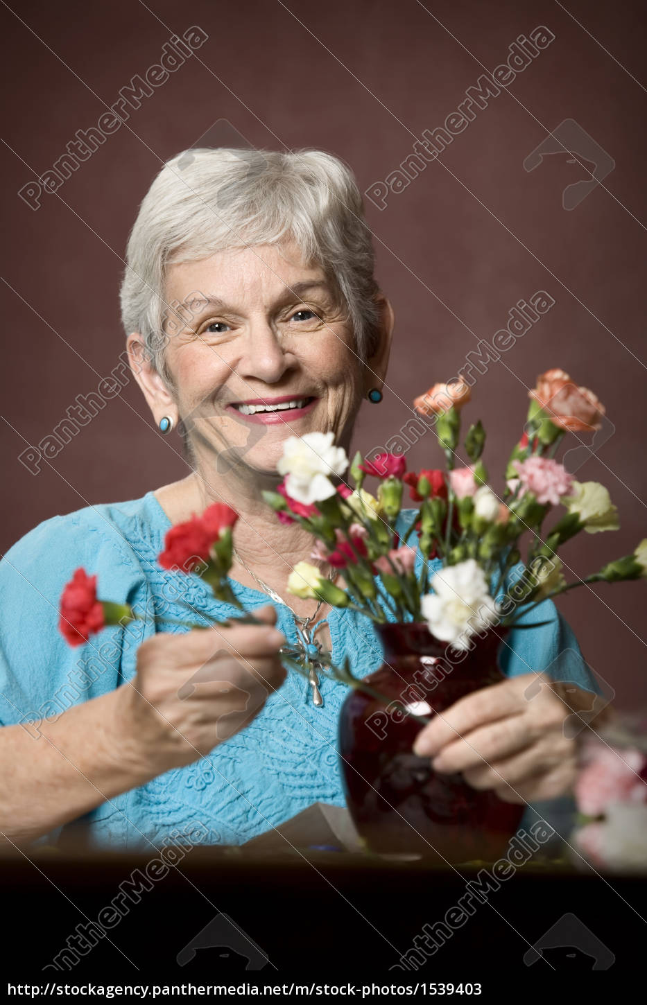 woman, with, flowers - 1539403