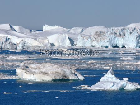 kangia icebergs 2