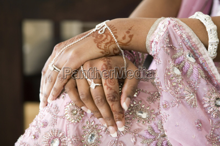 bride, hand, with, henna, tattoo, , indian - 1583379