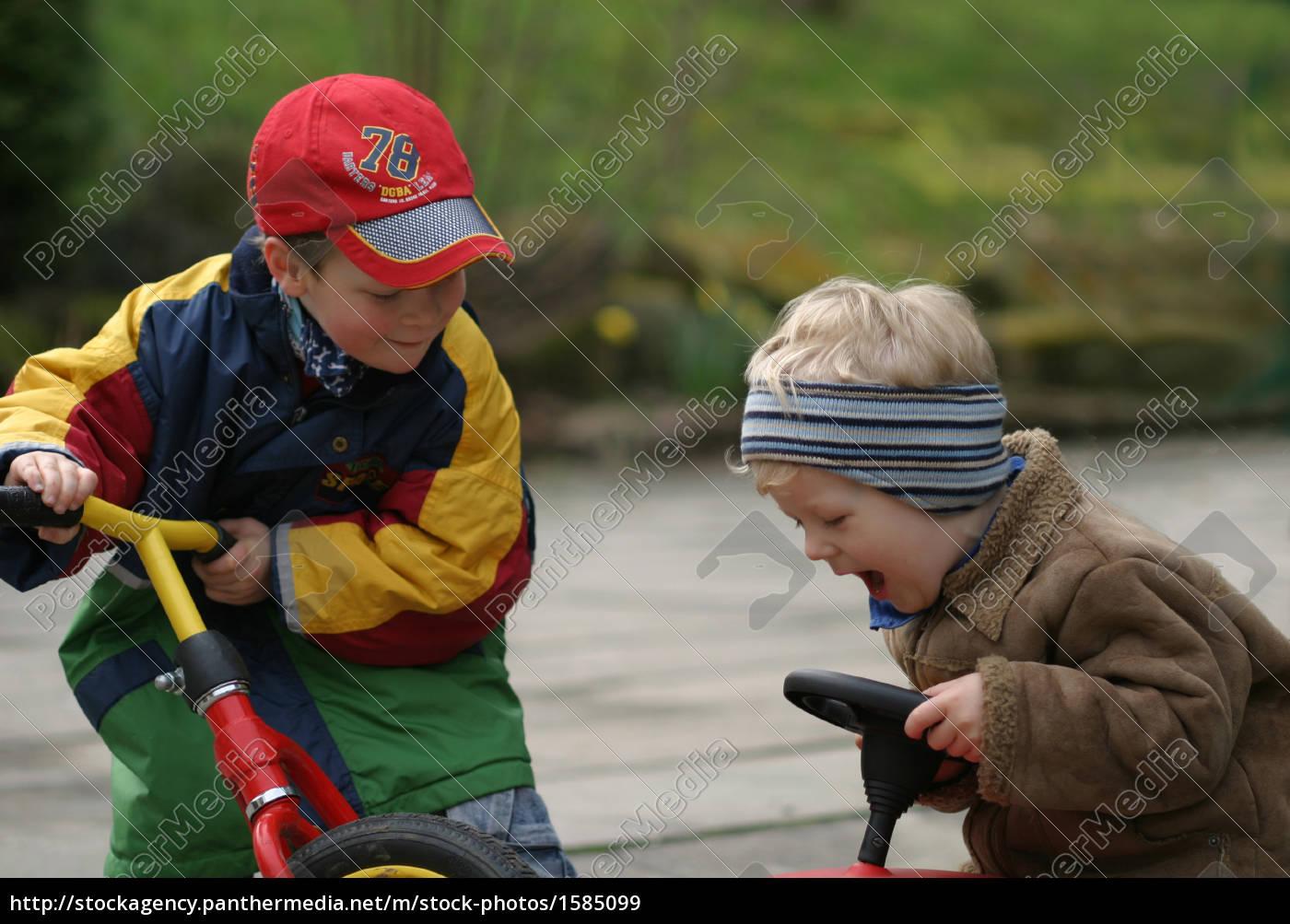 playing, children - 1585099