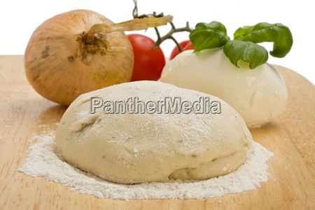 yeast dough cheese tomatoes and onions