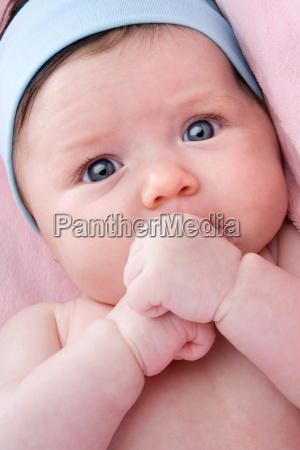 adorable, baby, newborn, with, blue, eyes - 1692149