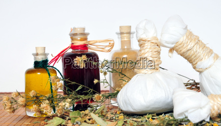 herbal compress oil