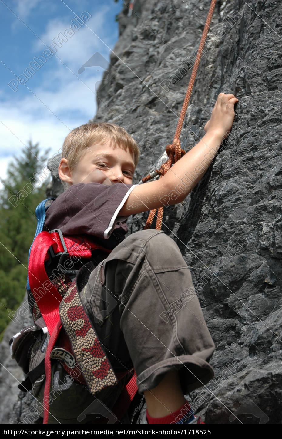 child, in, climbing, wall - 1718525