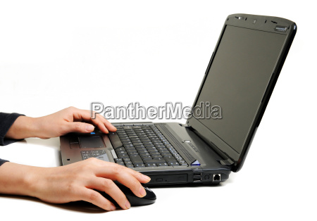 female, hands, using, laptop - 1725167
