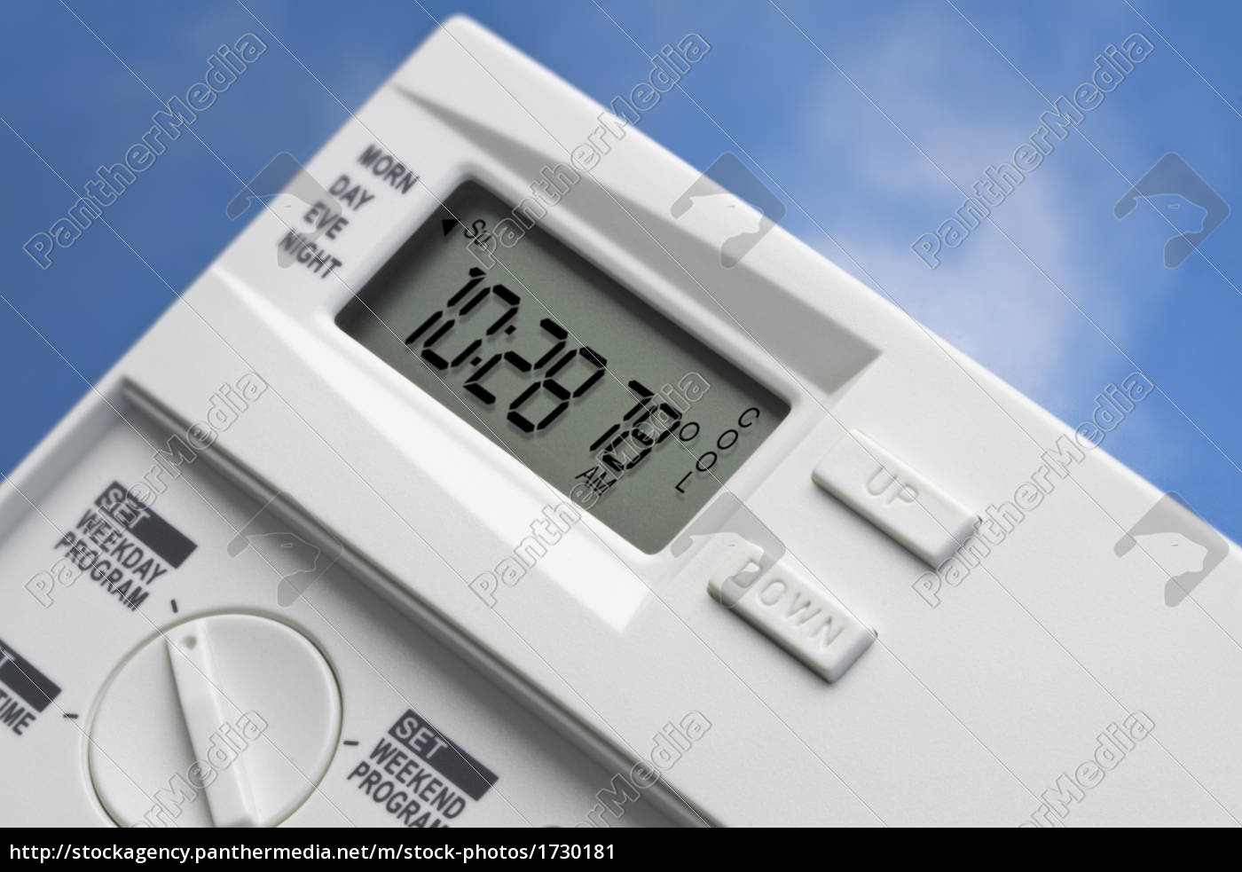 sky, thermostat, 78, degrees, cool, v2 - 1730181