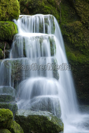 little, waterfall - 1754223