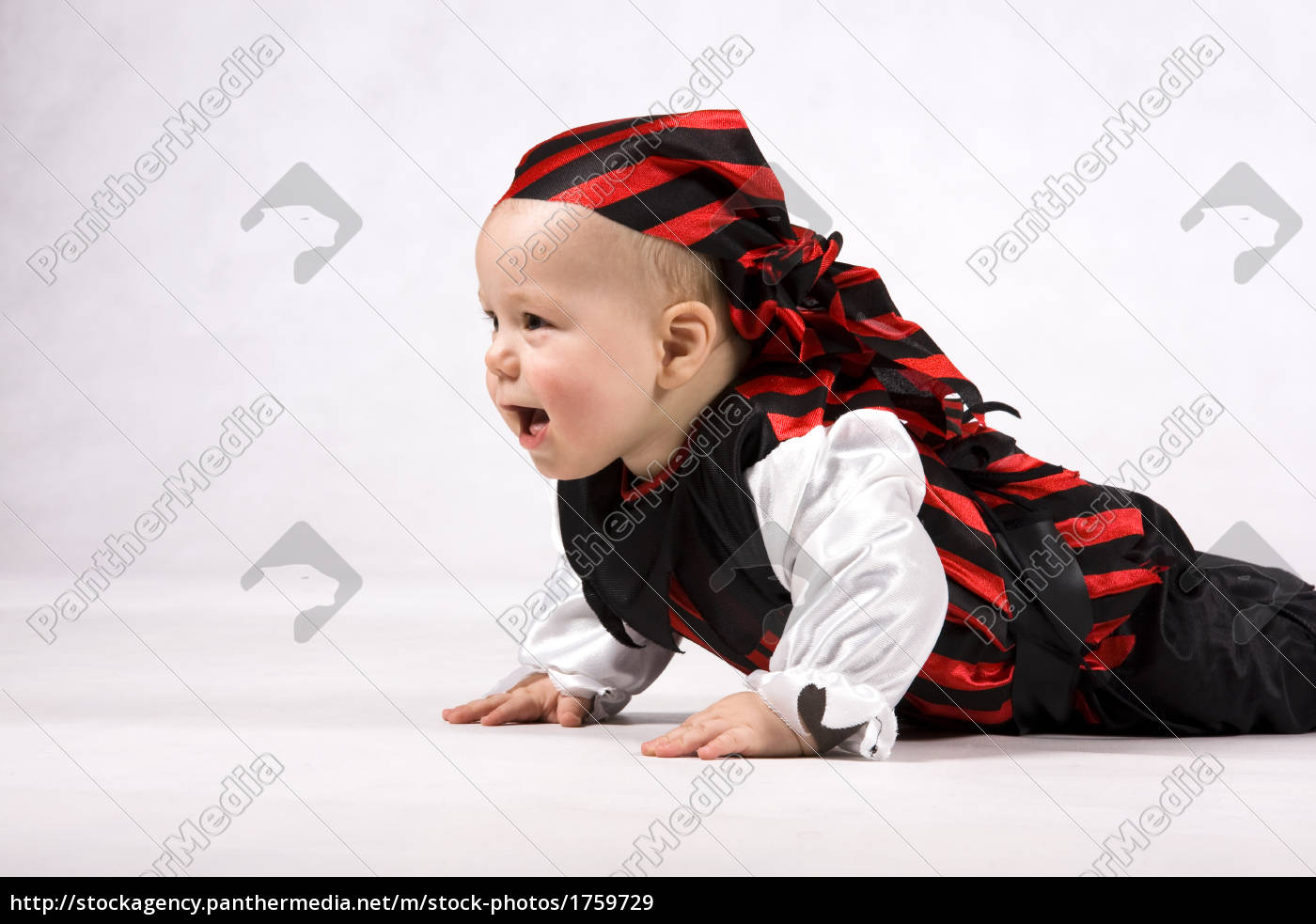 child, as, a, pirate, on, the - 1759729
