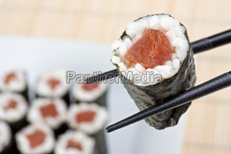 sushi de atun