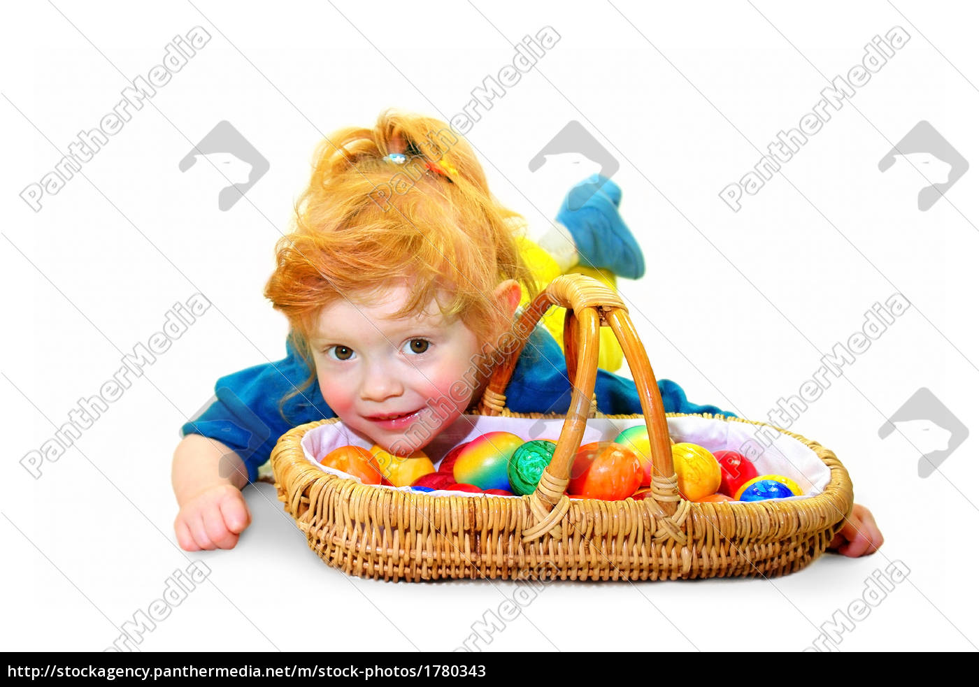 little, girl, with, easter, eggs, basket - 1780343
