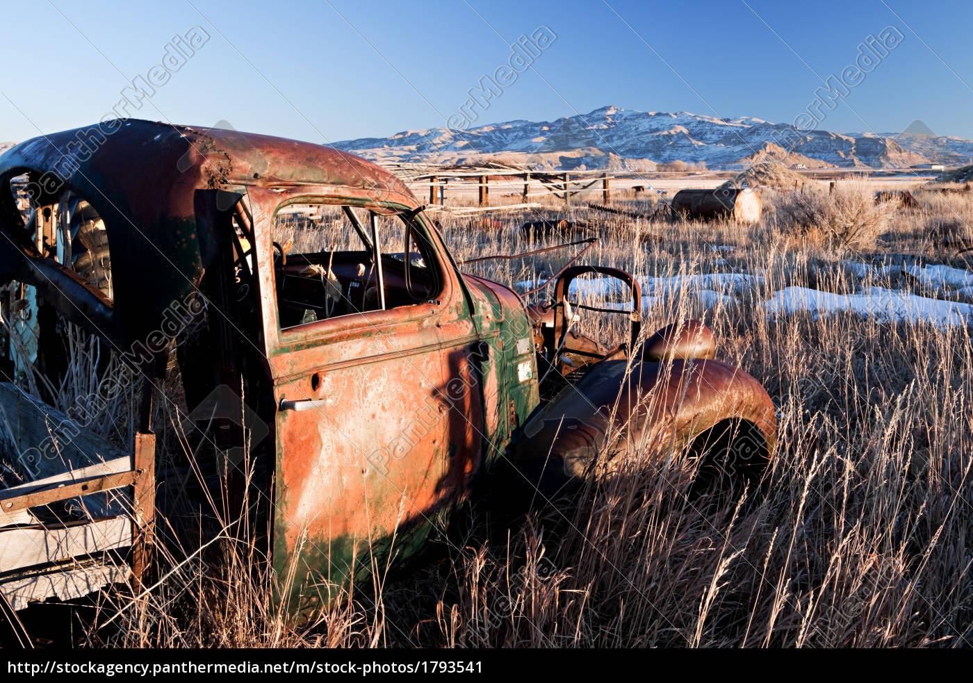 vintage, car, abandoned - 1793541