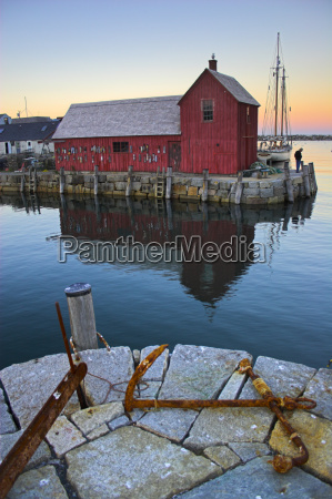 fishing shack in new england
