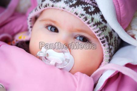 baby w zimie