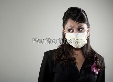 woman wearing a breathing mask