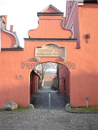 porto espirito portas canal mecklenburgvorpommern stralsund