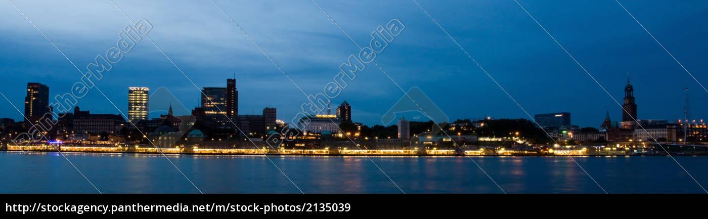 jetties, at, night - 2135039