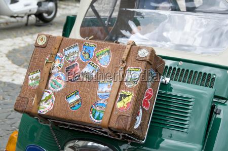 suitcase on fiat 500