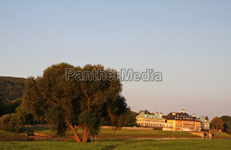 pillnitz in the evening light