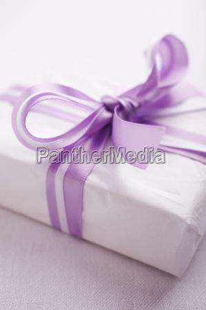 gift - 2198911