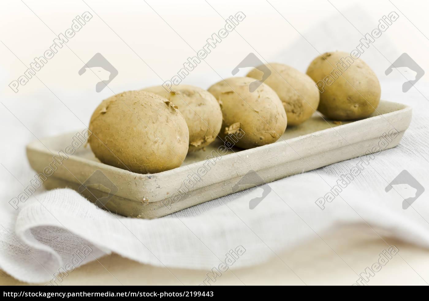 five, raw, potatoes - 2199443