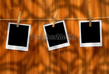 polaroid, pictures, against, wood - 2200407