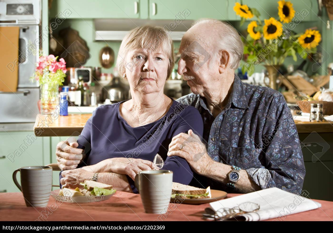 portrait, of, worried, senior, couple - 2202369