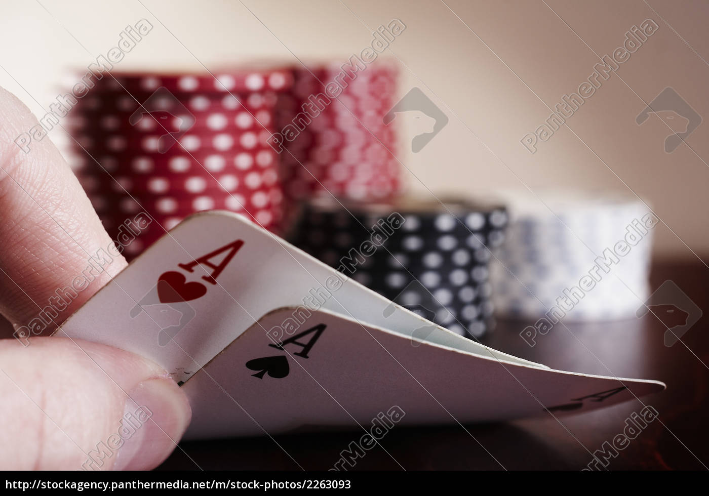 the, hole, cards - 2263093